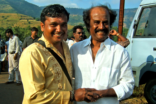 kalamandalam gopalakrishnan with tamil actor rajni kanth
